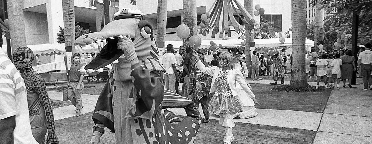 1990-parade